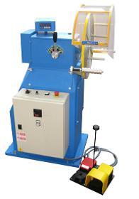 Machine à bobiner semi automatique